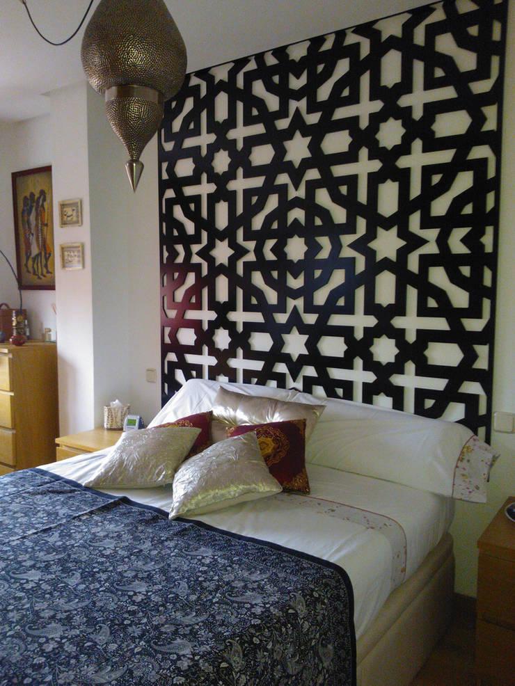 Cabeceros celosias: Dormitorios de estilo  de Andaluciart Celosías y Tallados