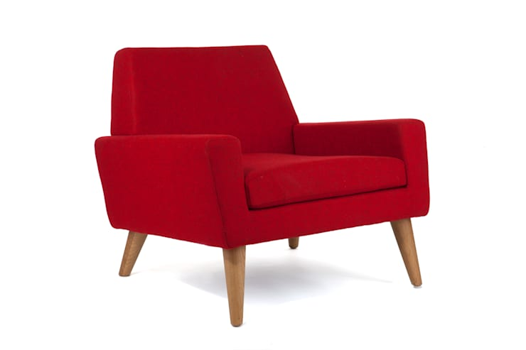 Finsbury Arm Chair:  Living room by Assemblyroom