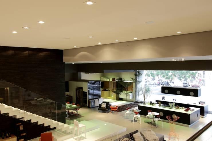 Lespec : Espaços comerciais  por Carlos Otávio Arquitetura e Interiores
