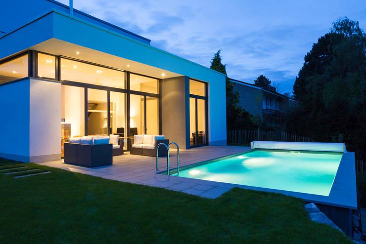 Pool: moderner Pool von Beck+Blüm-Beck Architekten