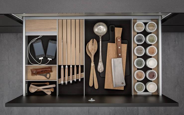 moderne Keuken door Designstudio speziell®