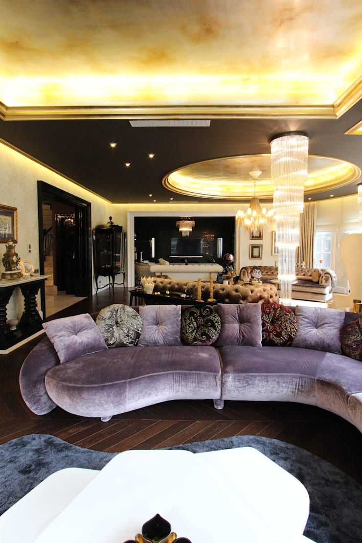 Contemporary Classical Villa in Kemer Golf & Country:  Living room by Orkun İndere Interiors
