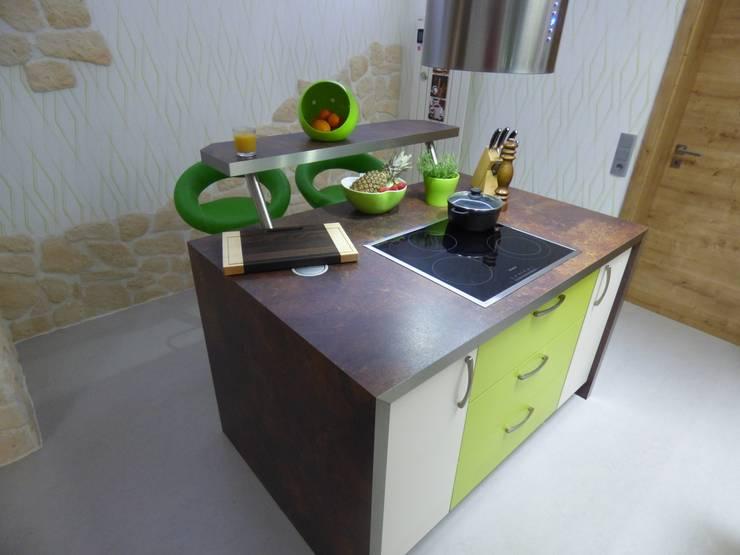 Einbauküche:  Küche von Möbel-Tischlerei Jens Zöllner