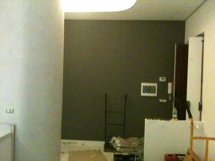 Appartamento Roma Prati: Soggiorno in stile  di piano a