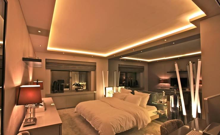 Kerim Çarmıklı İç Mimarlık – AKMERKEZ EVI / AKMERKEZ HOUSE  2012:  tarz Yatak Odası