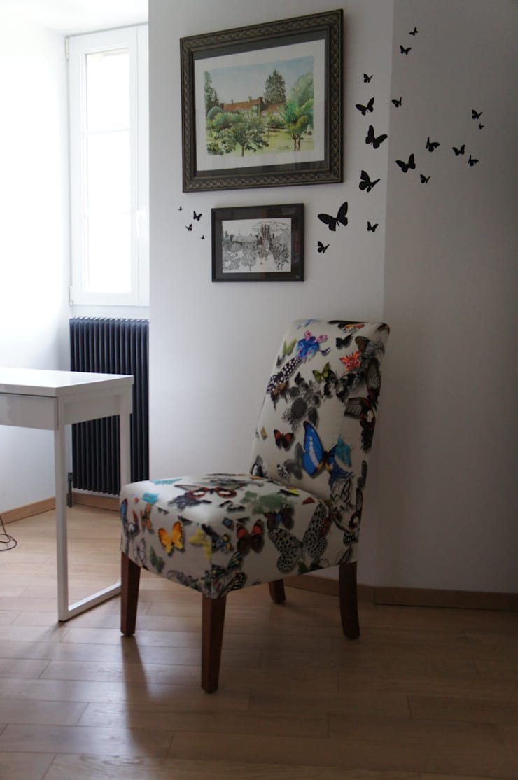 Fauteuil papillons: Maison de style  par Alexandra Décoration