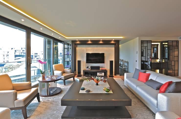 Kerim Çarmıklı İç Mimarlık – A.Y.G. ULUS SAVOY EVİ / A.Y.G. ULUS SAVOY HOUSE 2012: modern tarz Oturma Odası