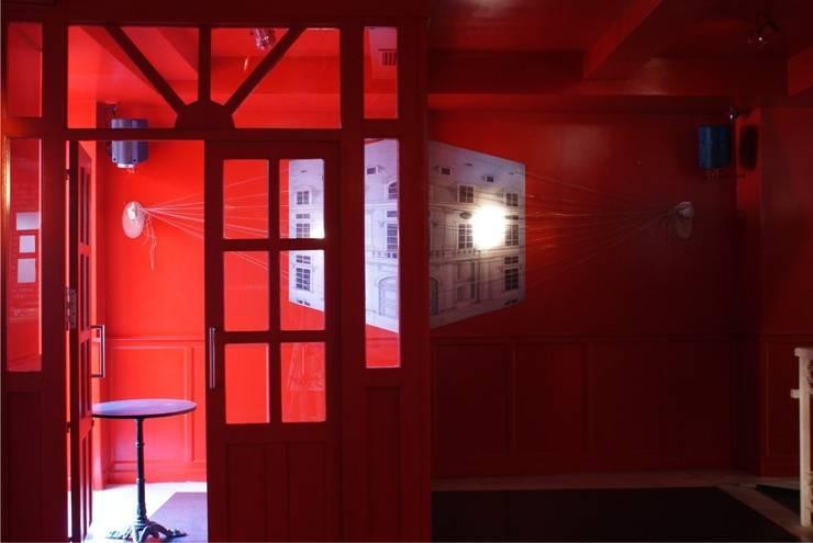 Trovador Pub: Locales gastronómicos de estilo  de moreandmore design