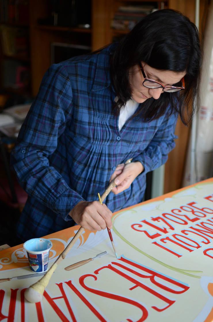 Insegna attività commerciale - artigianale:  in stile  di RIECOLOGIZZO, Eclettico