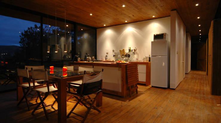 Casa 47:  Küche von scoopstudio,Minimalistisch