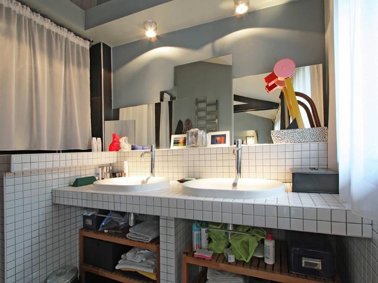Bathroom by BuroBonus