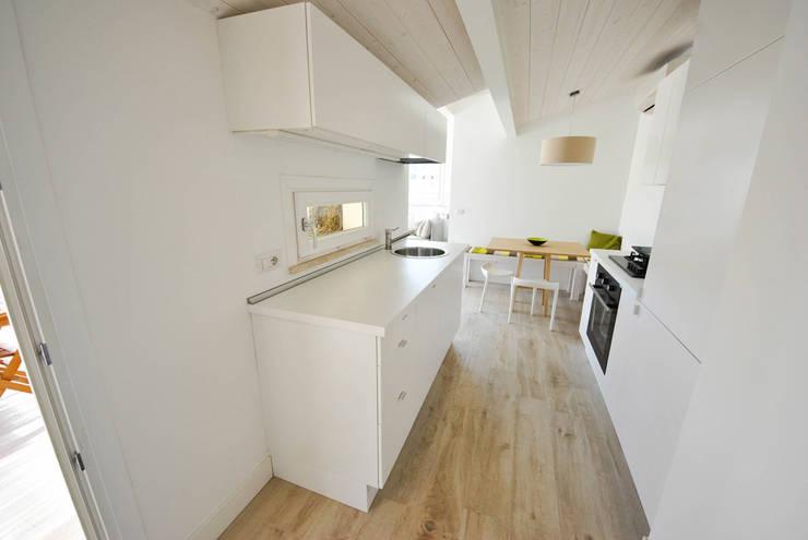 Cocinas de estilo minimalista de Formaementis