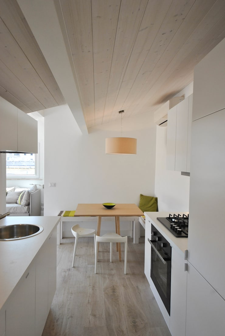 Dining room by Formaementis, Minimalist