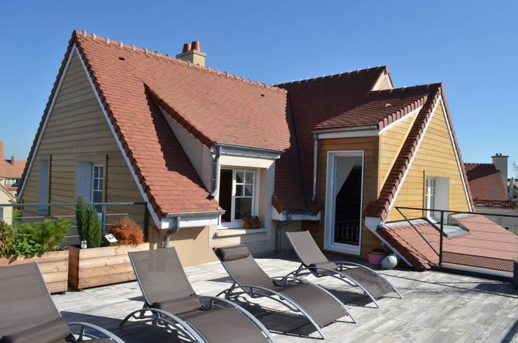 Terrasse: Terrasse de style  par NO B.O ARCHITECTURE