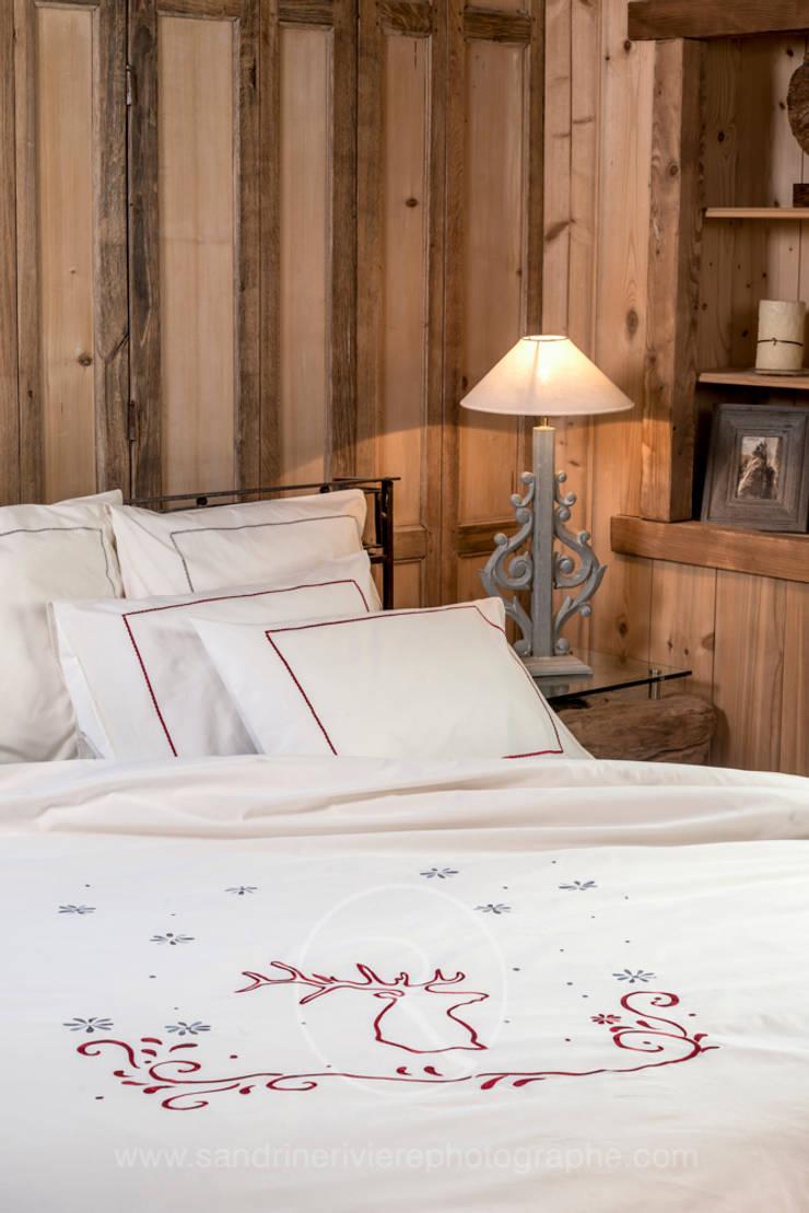 Housse de couette Cerf: Chambre de style  par Sandrine RIVIERE Photographie