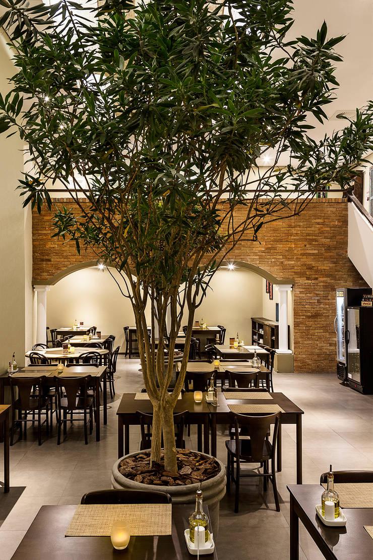 Al Nur Cozinha Árabe: Espaços gastronômicos  por RICARDOTRAMONTINA.ART