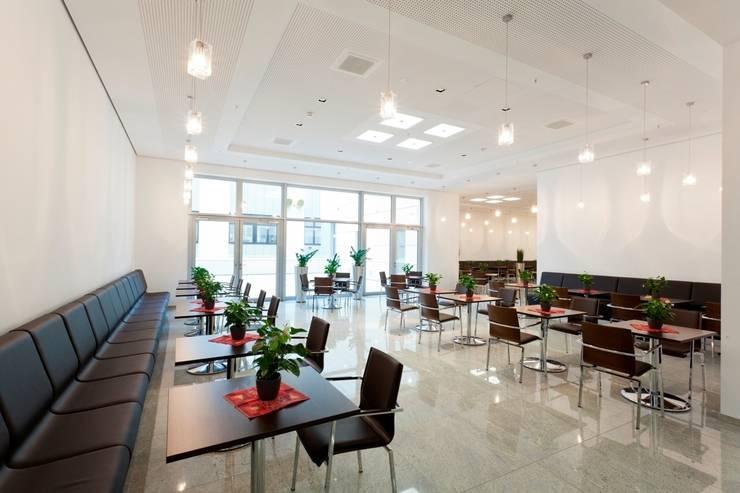 Schäffler Gruppe Herzogenaurach | Deutschland:  Bürogebäude von Baierl & Demmelhuber Innenausbau GmbH,Modern