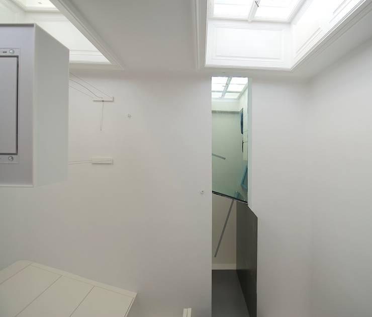 blick nach oben:  Esszimmer von 3rdskin architecture gmbh