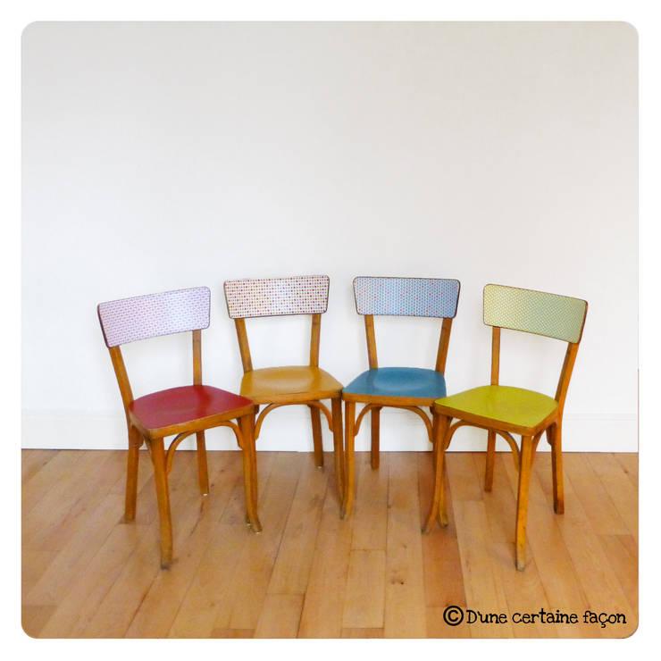 4 chaises vintage, revisitées tout en couleur: Salle à manger de style de style eclectique par D'une certaine façon