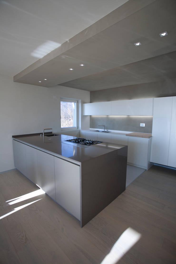 CASA GI: Cucina in stile  di marco.sbalchiero/interior.design