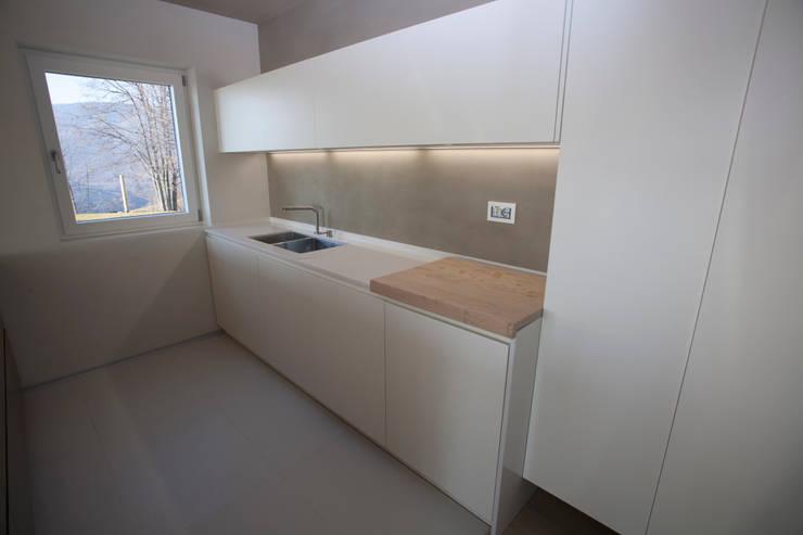 Cocinas de estilo  por marco.sbalchiero/interior.design