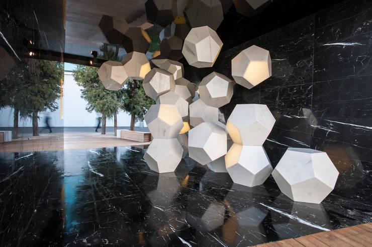 Demirden Design – Asia by Doriana & Massiimiliano Fuksas:  tarz