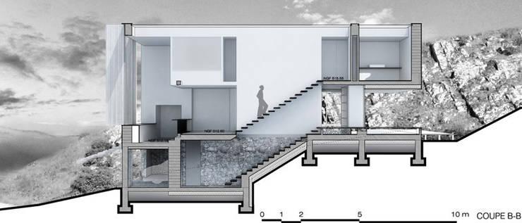 Coupe2: Maisons de style  par Wen Qian ZHU Architecture