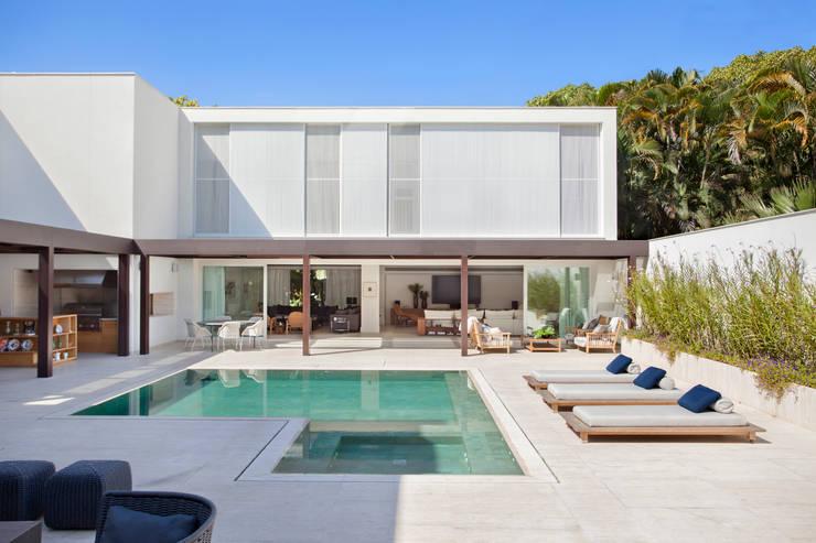 Casas  por Gisele Taranto Arquitetura