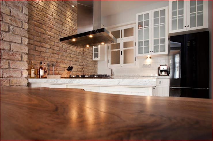 DICLE HOKENEK ARCHITECTURE – SO EVI:  tarz Mutfak, Modern