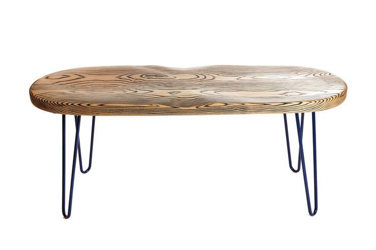 Ripple Bench:  Living room by CBCM Design