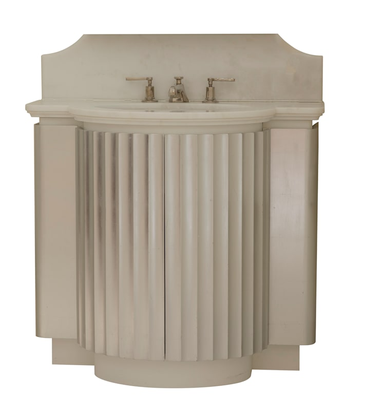 Cottesmore Vanity:  Bathroom by Justin Van Breda