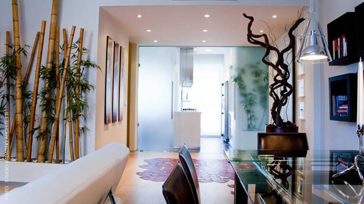 Ristrutturazione abitazione  AR a Pescara: Soggiorno in stile  di Studio Sabatino Architetto, Minimalista