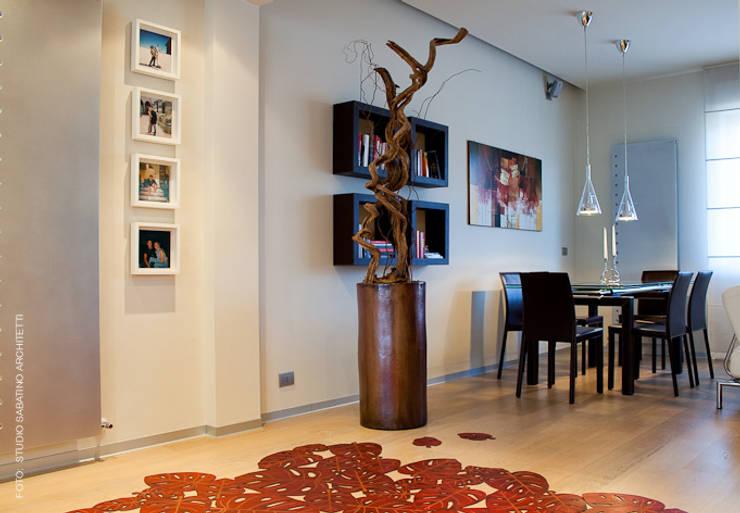 Ristrutturazione abitazione  AR a Pescara: Soggiorno in stile  di Studio Sabatino Architetto, Moderno