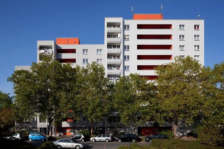 Grundstraße:  Häuser von Claus + Pretzsch Architekten BDA,