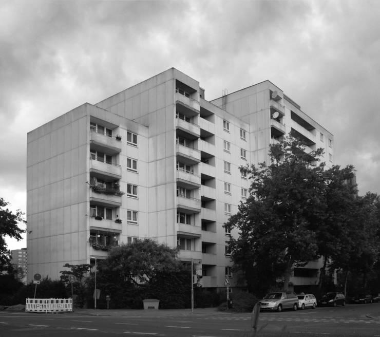 Grundstraße:   von Claus + Pretzsch Architekten BDA,
