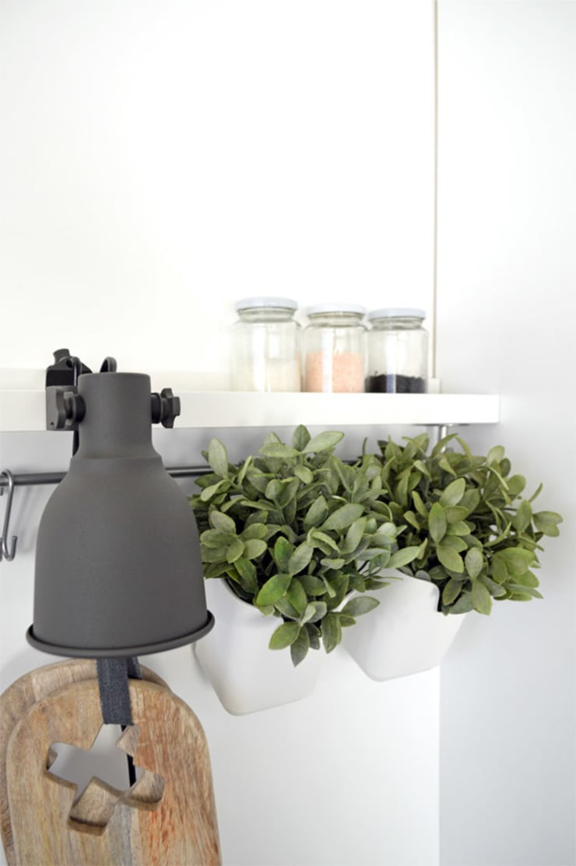Scandinavian style kitchen by Kristina Steinmetz Design Scandinavian