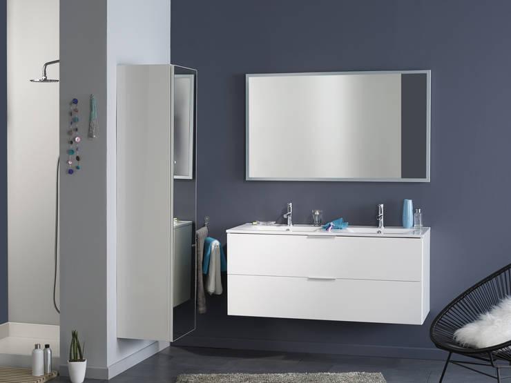 Salle de bains LUXY blanc: Salle de bain de style  par PARISOT