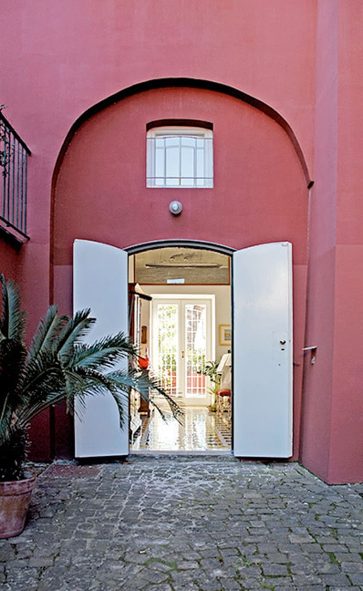 Casa V: Ingresso & Corridoio in stile  di Sergio Prozzillo Ass.ti, Mediterraneo