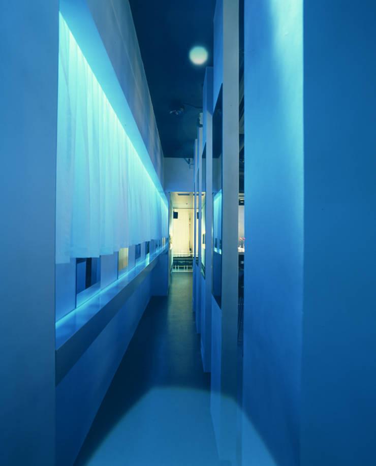 Entrance-2: Shigeo Nakamura Design Officeが手掛けたオフィススペース&店です。