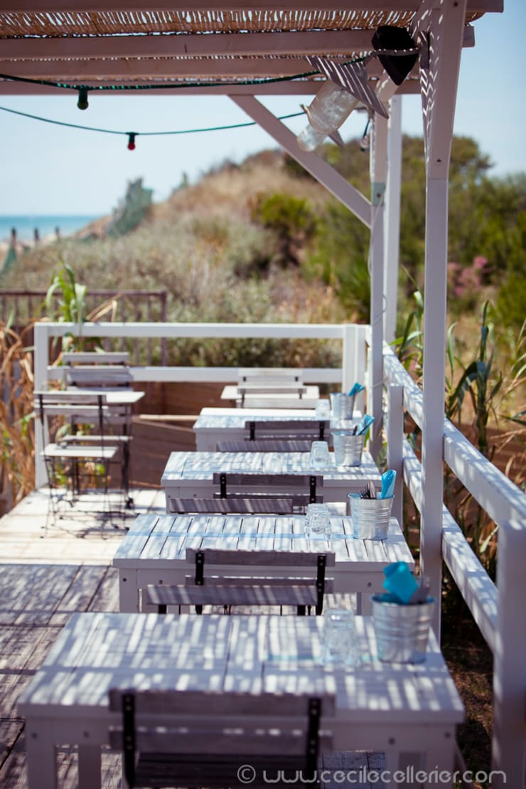 Le Beach: Restaurants de style  par BOH Décoration & Lifestyle