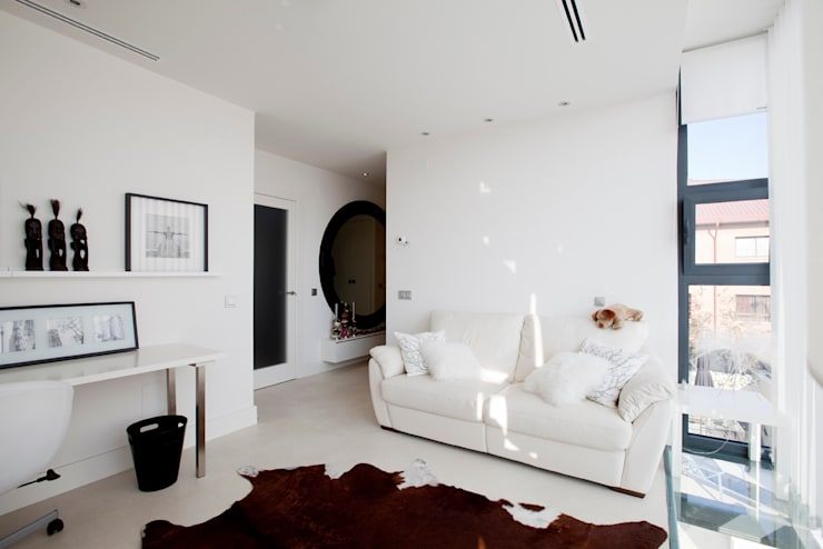 Dormitorios de estilo  por IPUNTO INTERIORISMO