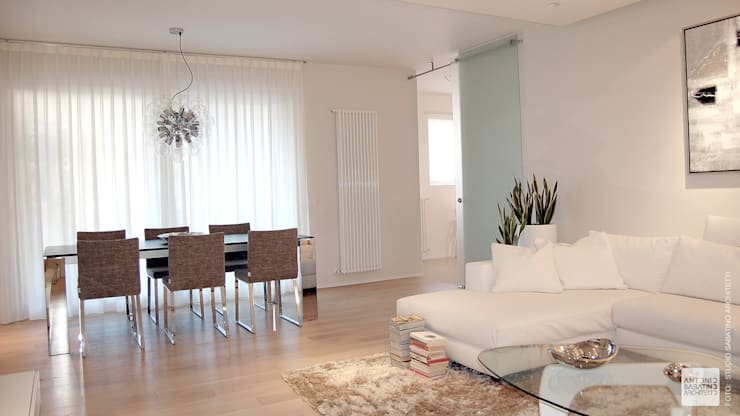 Interior Design Abitazione RL a Pescara: Sala da pranzo in stile  di Studio Sabatino Architetto