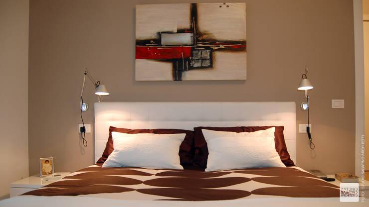 Interior Design Abitazione RL a Pescara: Camera da letto in stile  di Studio Sabatino Architetto