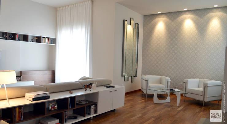 Interior Design Villa CDM a Bolognano (PE): Soggiorno in stile  di Studio Sabatino Architetto