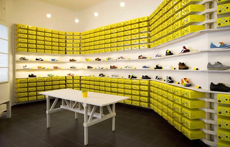 Botas shoes showroom:  Commercial Spaces by studio deFORM