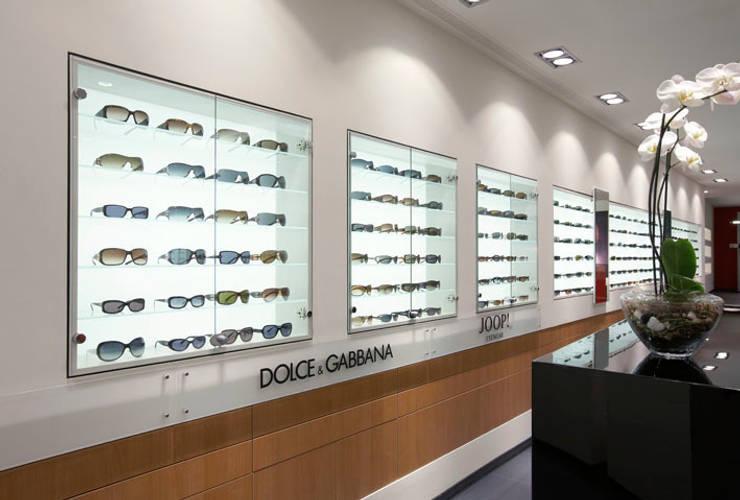Optikladen in Giessen:  Ladenflächen von Anne.Mehring Innenarchitekturbüro,Modern