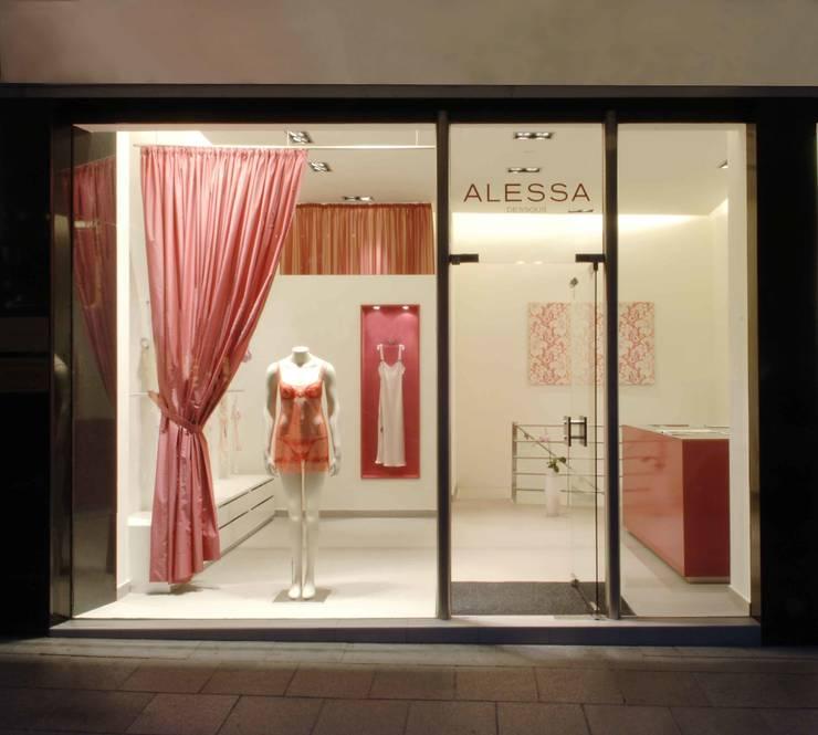 Dessousladen in Frankfurt:  Ladenflächen von Anne.Mehring Innenarchitekturbüro,Modern