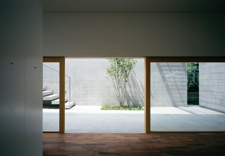 ห้องนอน โดย 栗原隆建築設計事務所, โมเดิร์น