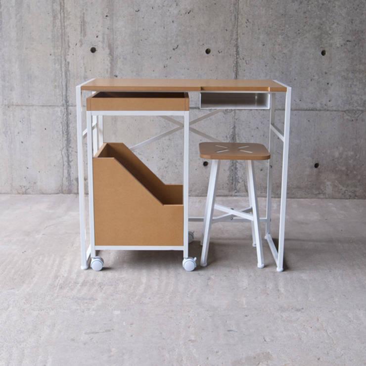 XS: MEDIUMが手掛けた勉強部屋/オフィスです。
