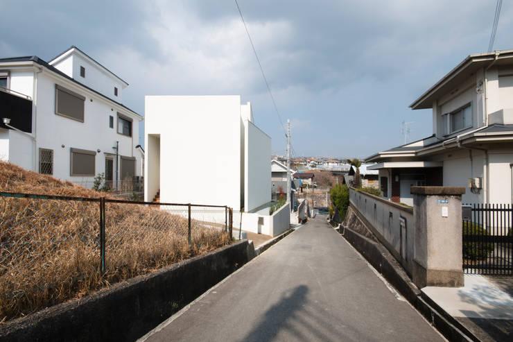 花屋敷の家: ENDO SHOJIRO DESIGNが手掛けた家です。